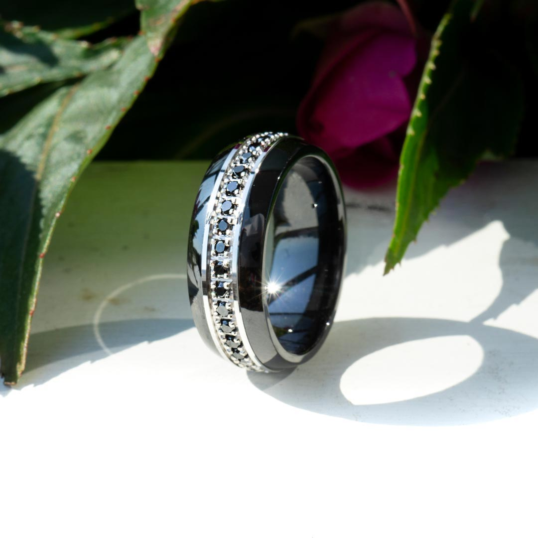 Diamond Size and Setting Options for Men's Wedding Bands
