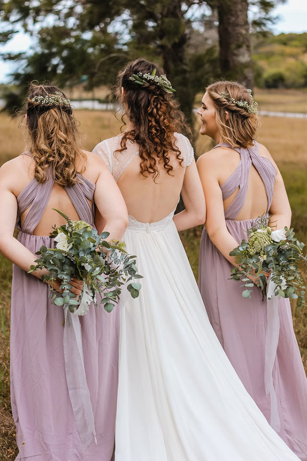 Fulfilling the Bridesmaid Responsibilities Checklist & Duties